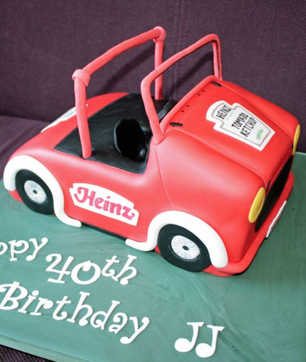 Novelty Car Cake