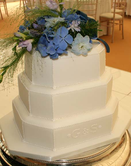 Wedding Cake Susan