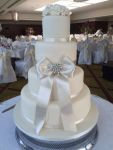 Wedding Cake Vintage Ivory Bow and Flowers