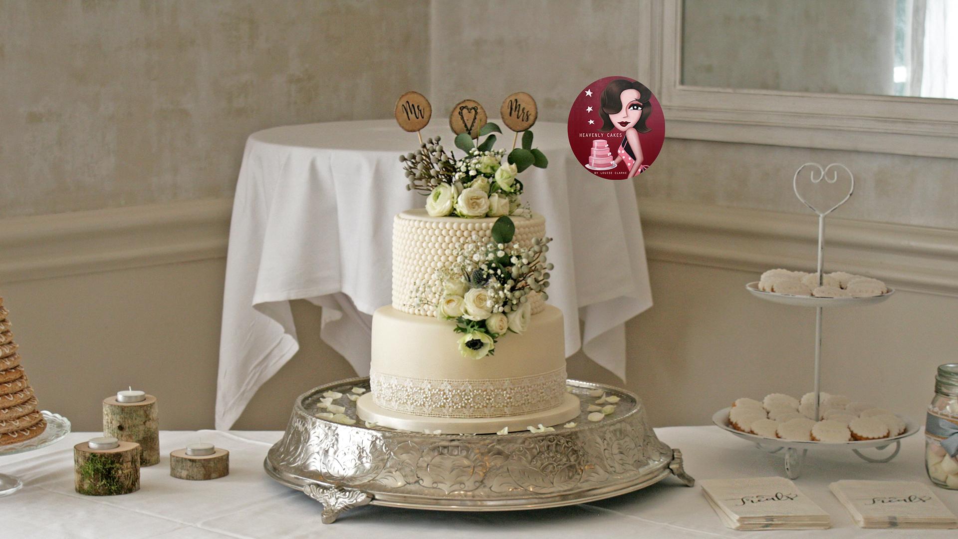 Sugar Pearl Cake